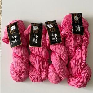 New Cascade pink yarn 4 skeins